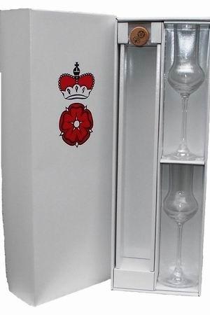 Geschenkkarton Schloss Proschwitz inclusive 2 Destillatgläsern mit Wappen für 1 Flasche Destillat